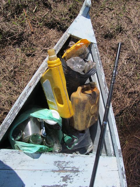 уборка мусора на реке