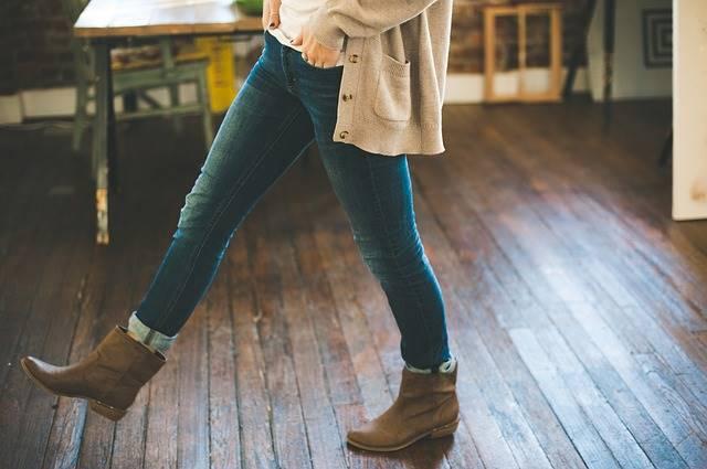 Berapa Liter Air Yang Dipakai Untuk Memproduksi Satu Celana Jeans ?