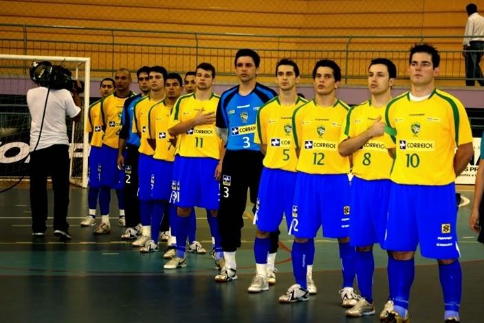 Alguns com até mais nome no cenário nacional não atingiram as mesmas  conquistas. Foi bi-campeão da Taça Brasil de Futsal 5202d5c6f6138