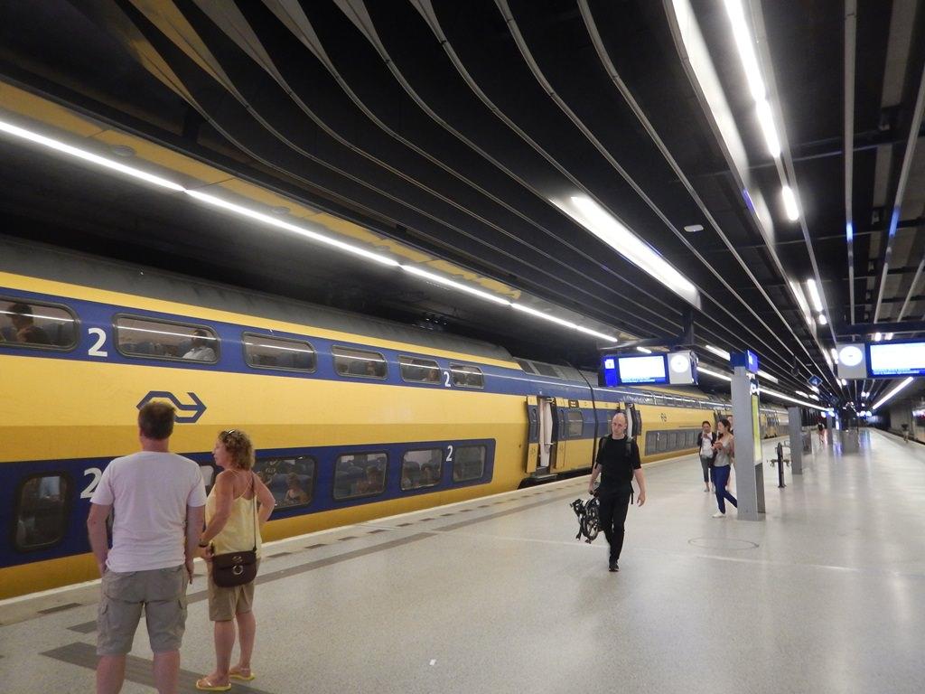Como andar de trem na Holanda