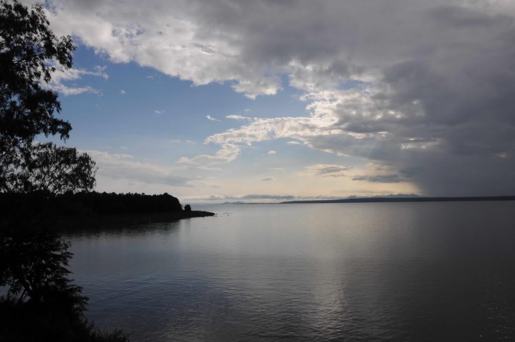 Vẻ đẹp của hồ Trị An và đảo Ó