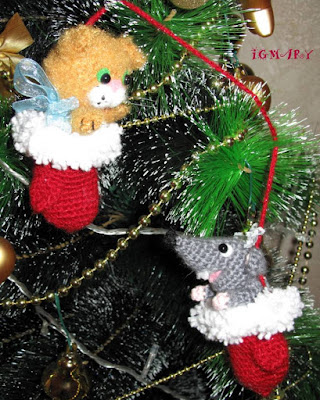 Вязаные игрушки кошка и мышка