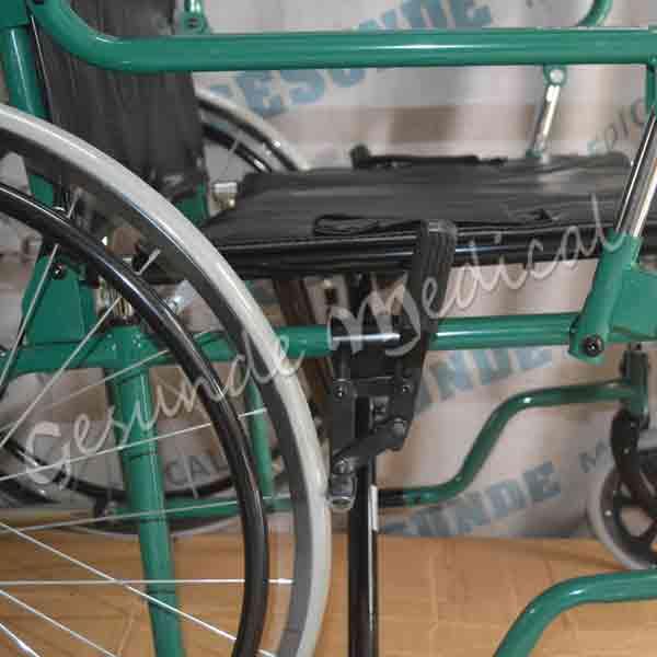 Pusat kursi roda