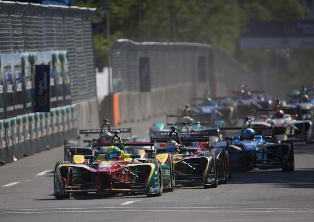 Brasileiro Lucas di Grassi: campeão da Fórmula-E com Audi