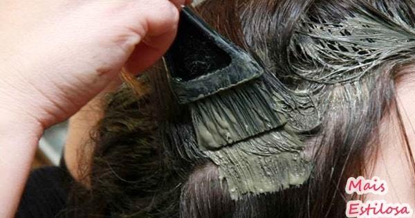 argila no cabelo