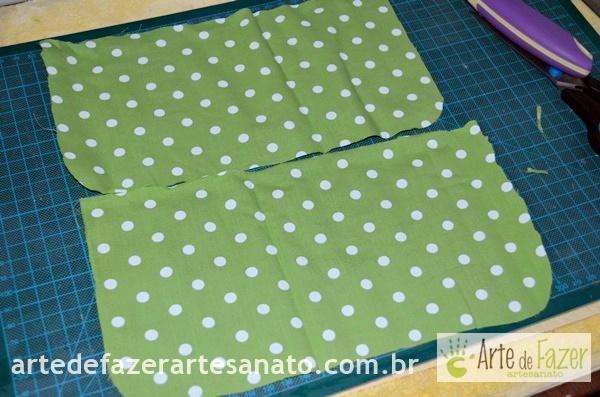 Tecido bolinhas peças que serão o bolso | passo a passo para fazer o avental