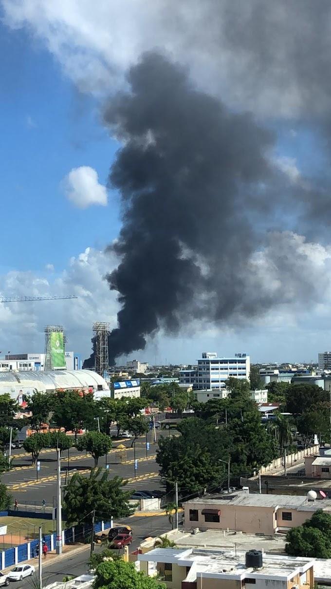 Fotos de la fuerte explosión en Polyplas