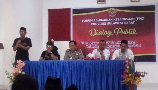 Foto FKP Sulbar Gelar Dialog Publik