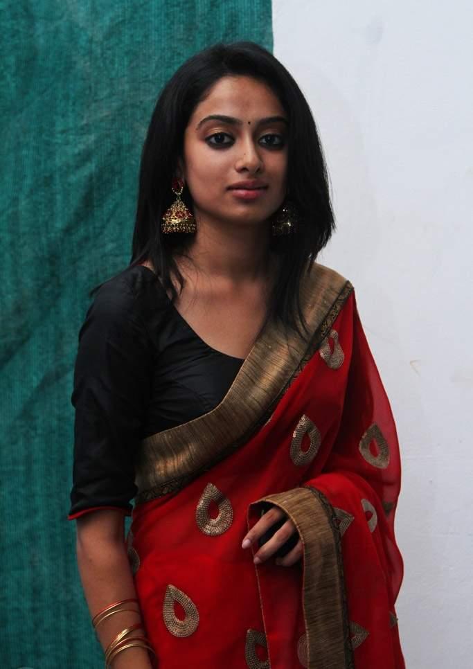Actress Gauthami Nair Hot Red Saree Photos   Actress Saree ...
