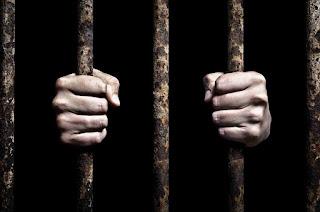 Por que o carcereiro de Filipos não cometeu suicídio