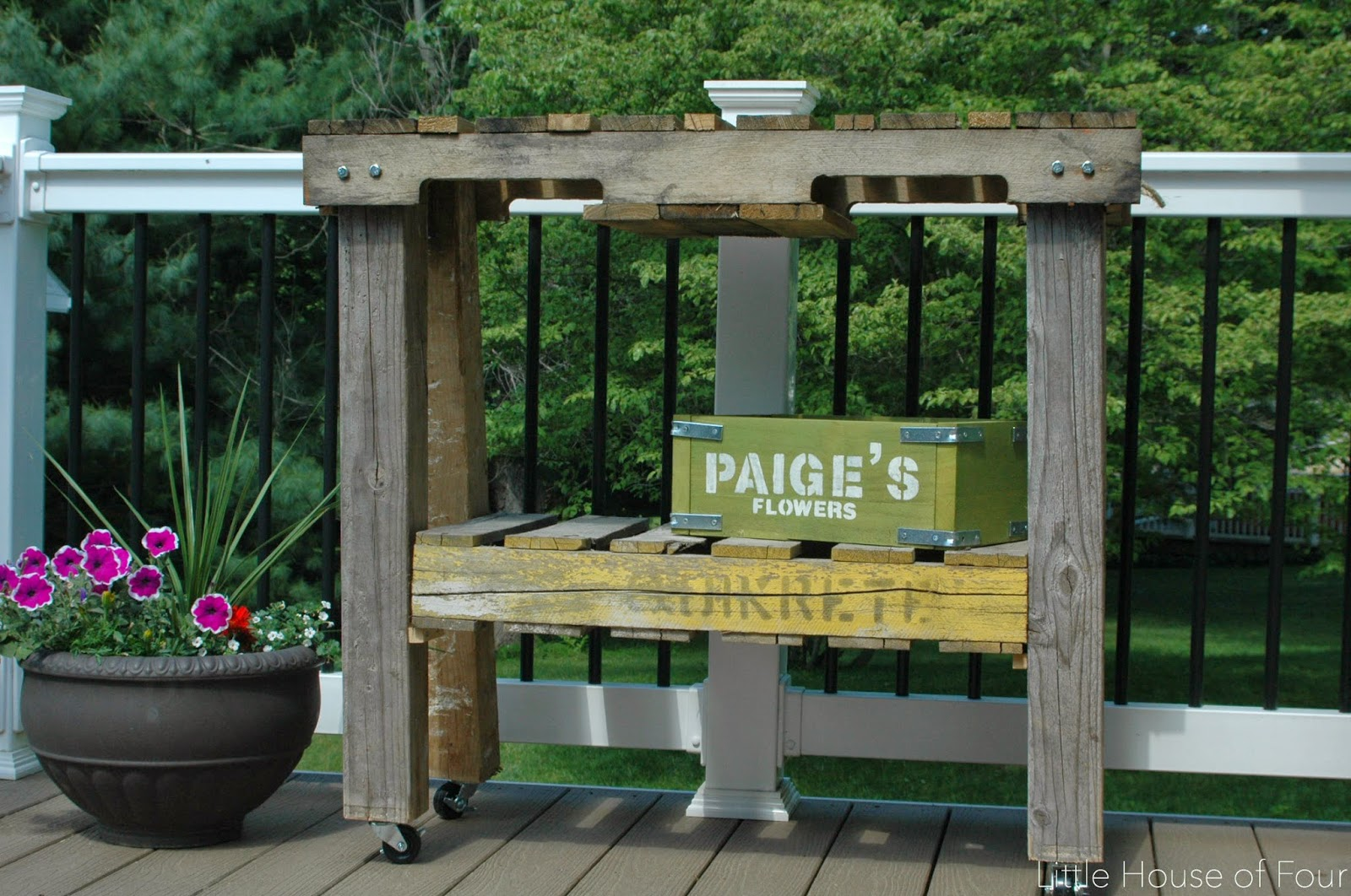 How To Make A Workbench Out Of Pallets Little House Of