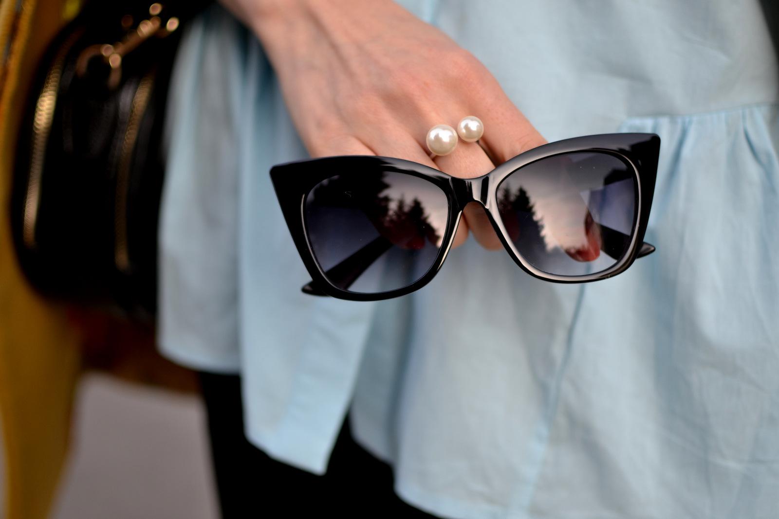 c4032fbde ... hnedé slnečné okuliare oriflame z tohto článku a čierne romwe slnečné  okuliare, ktoré ste videli v outfit príspevku. Môj favorit sú zatiaľ hnedé  z ...