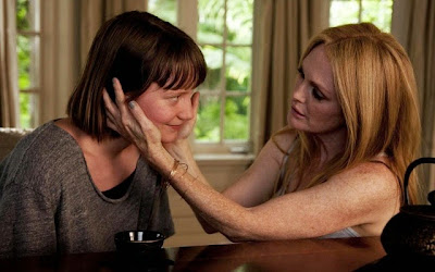 Mia a Wasikowska as Agatha, Julianne Moore as Havana, in Maps to the Stars, Directed by David Cronenberg