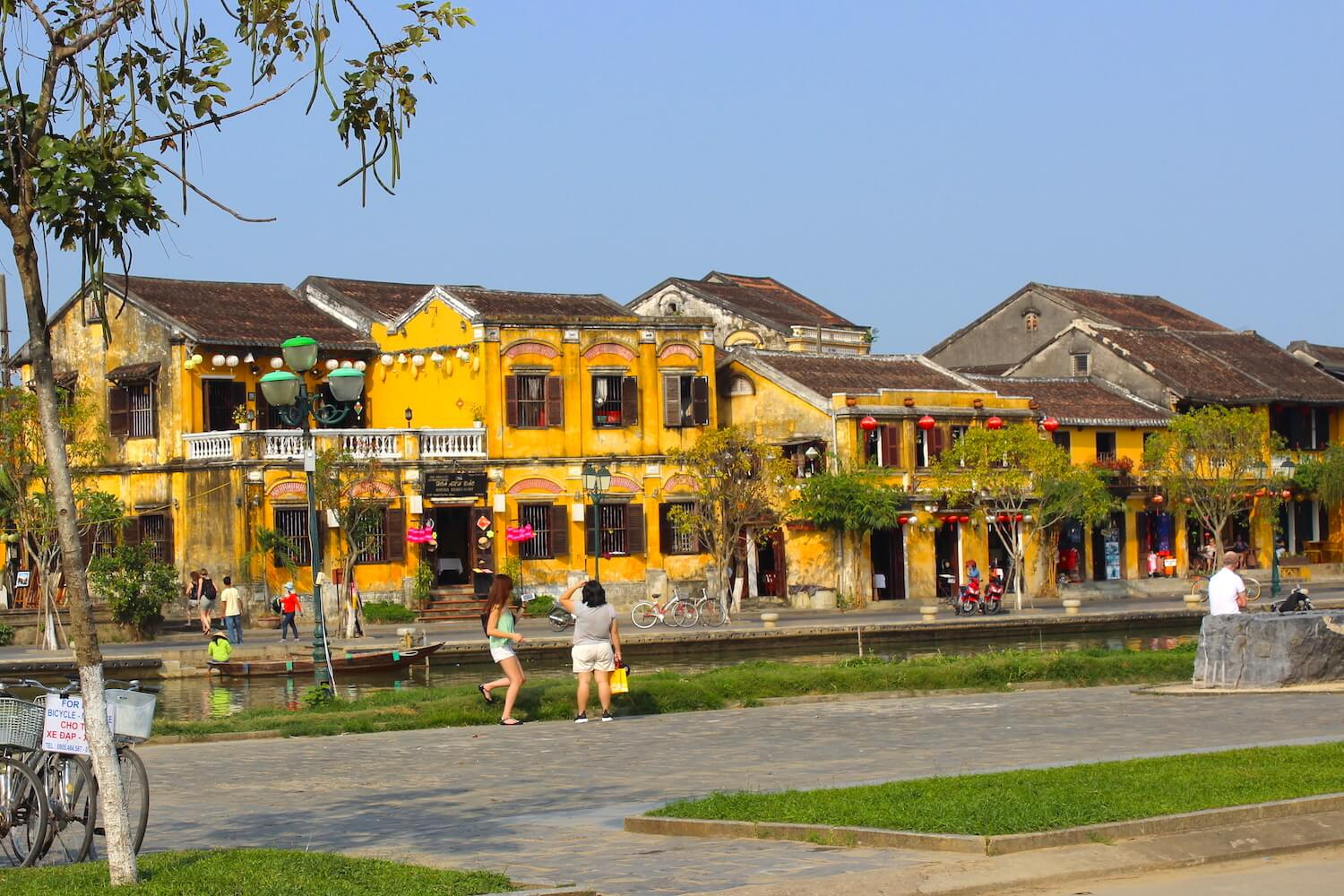 hoi an french buildings yellow