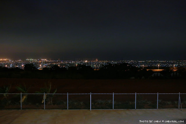 IMG 9905 - 台中清水│嗨咖泡腳夜色*天冷就是要邊看夜景邊泡腳!超隱密180度超廣角夜景原來就在這!