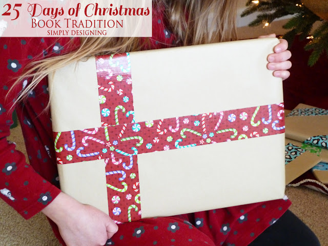 Wrapping Gifts | #christmas #holiday #books #gifts