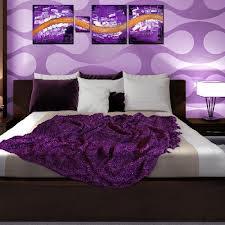 decoración cuarto violeta