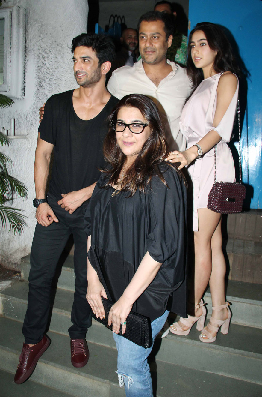 Sushant Singh, Sara Ali Khan, Amrita Singh and Abhishek Kapoor at Olive Bar & Kitchen