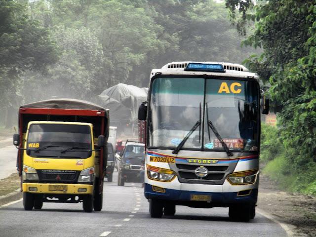 5 Bus Tercepat paling Legendaris Di Indonesia