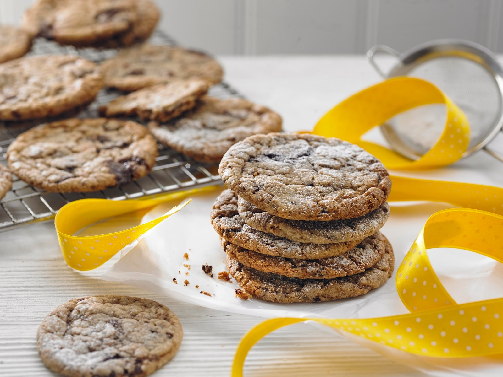 10 Yummy Homemade Cookie Recipes To Bake