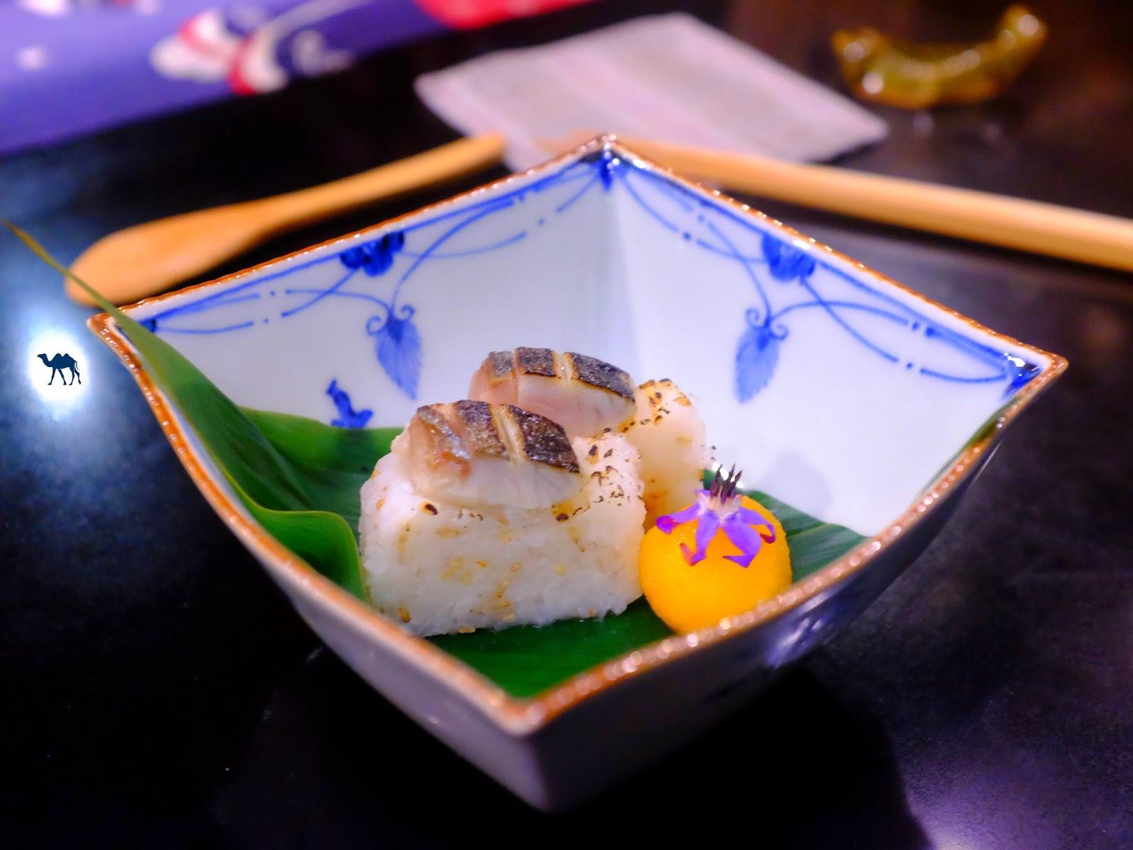 Le Chameau Bleu - sushi au macro grillé - Guilo Guilo restaurant gastronomique Paris