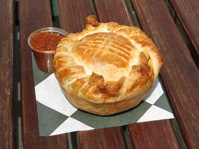 Baker D Chirico, Carlton, beef pie