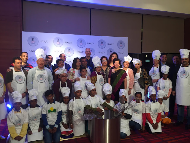 13 CEO Finalists from across India with Kids from Smile Foundation Kick-start the Hyatt Culinary Challenge Grand Finale 2016_2