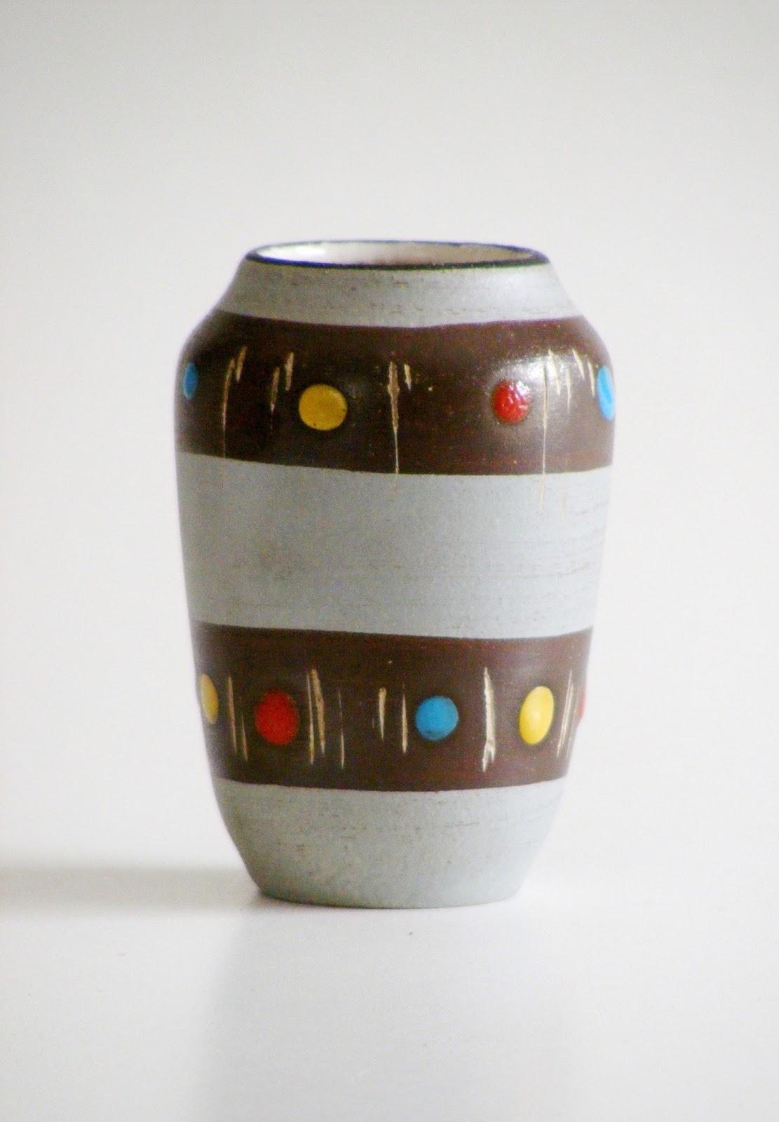 Vamp furniture west german vases at vamp04 november 2017 a small mid century west germany ceramic vase with polka dot pattern reviewsmspy