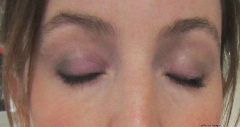 Younique-Eye-Pigments-Review-Lustrous-Lacuqer