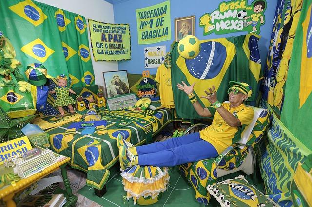 Un equipo de fútbol brasileño paga a los hinchas para que acudan al estadio