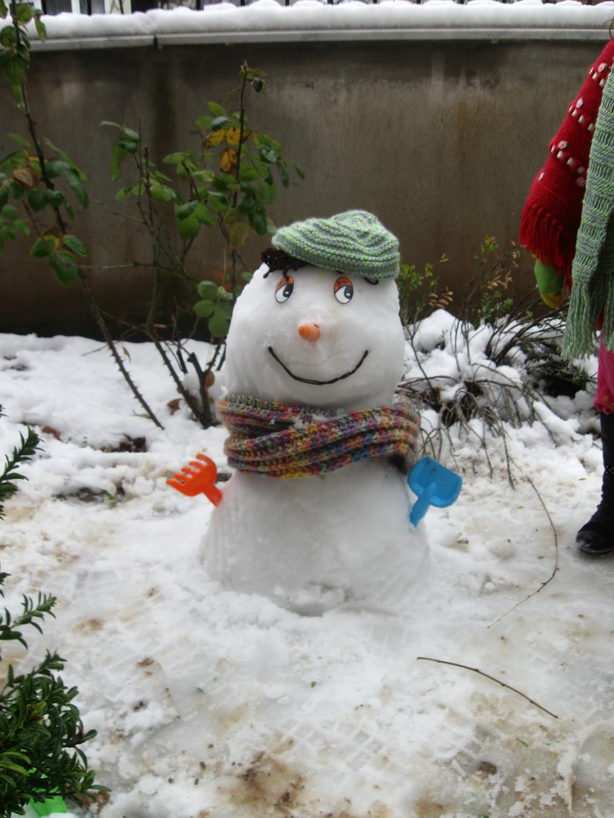 Keçe-ile-yapılan-oyuncak-kardan-adam-modelleri