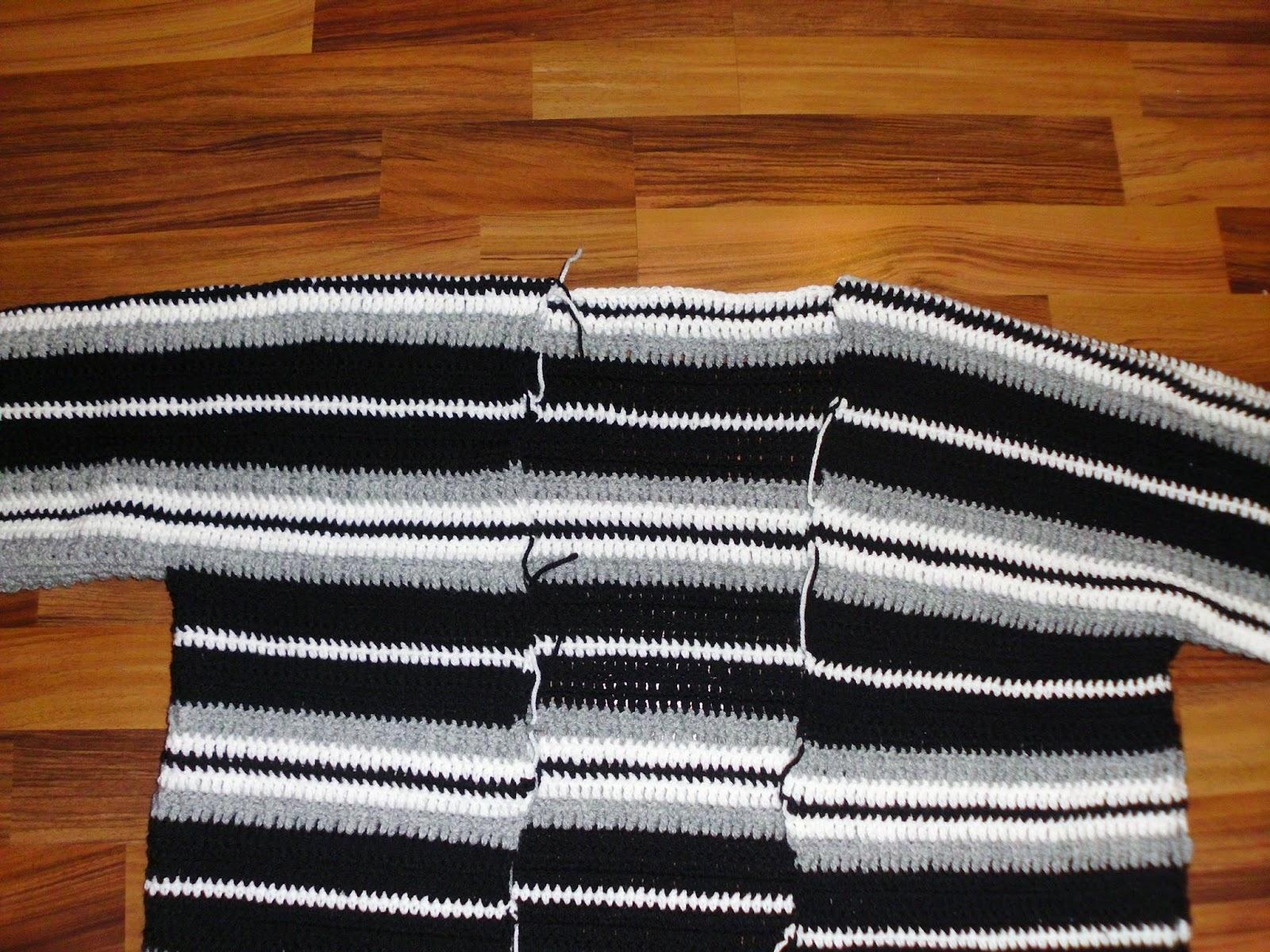Häkelkleider selbst gemacht: Mantel-Jacke