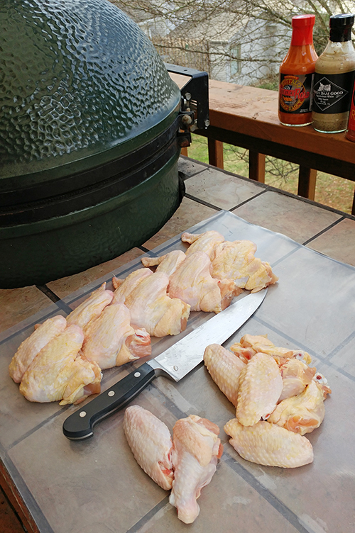 How I cook wings on a Big Green Egg ceramic kamado grill.