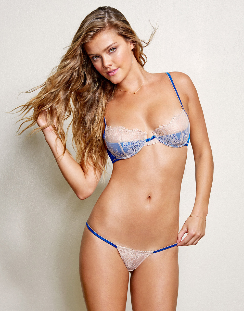 Nina Agdal Nude Photos 10