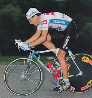 Stephen Roche was an ambitious rider who failed to see why he should not try to win the Giro in his own right