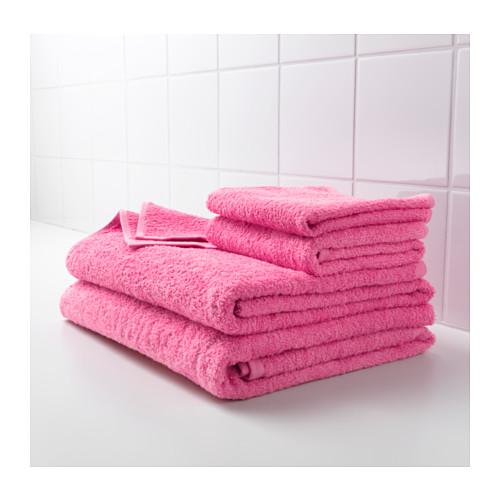 هذه العلامات تدل على أن منشفتك قذرة وعليك غسلها فوراً!