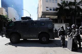 Governador do RJ pede que Força Nacional e Exército fiquem de prontidão