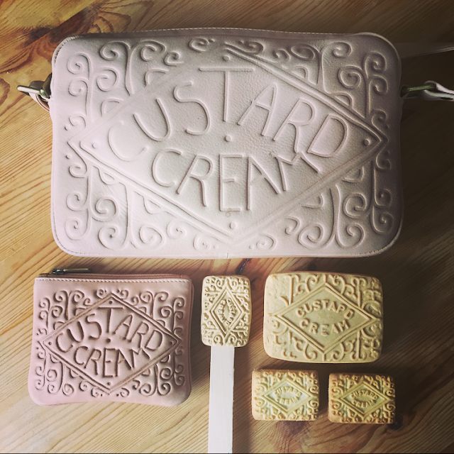 custard cream bag and purse by Yoshi