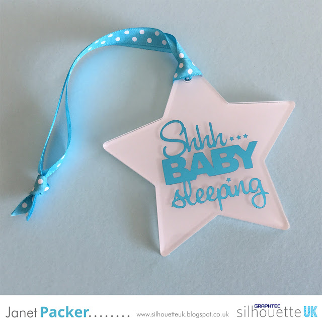 Metallic vinyl on acrylic blank Baby Sign by Janet Packer craftingquine.blogspot.co.uk for Silhouette UK Graphtec GB #acrylic #acrylicblank #vinyl #signvinyl #metallic #metallicvinyl #craftingquine #SilhouetteUK #SilhouetteTips