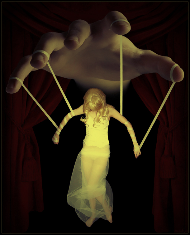 11-The-Marionette-xetobyte-Norvz-Austria-A Hobby-of-Surreal-Photo-Manipulations-www-designstack-co