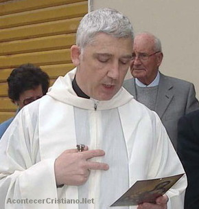 """Cura católico afirma que las mujeres """"provocan"""" violencia"""