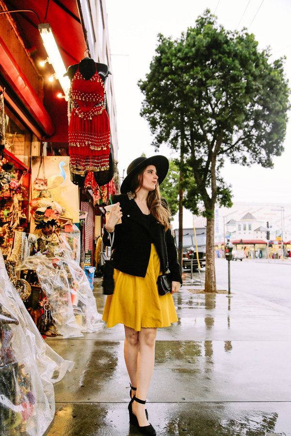 how to wear a bright yellow skirt