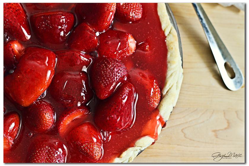 strawberry pie, strawberries, whip cream