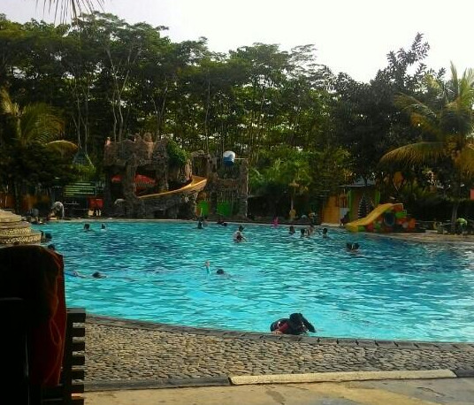 Gading Splash Water