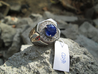natural blue safir kristal