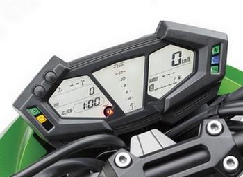 Fitur Kawasaki Z800