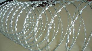 Kawat Duri Silet Razor wire, Kawat silet(Razorwire)