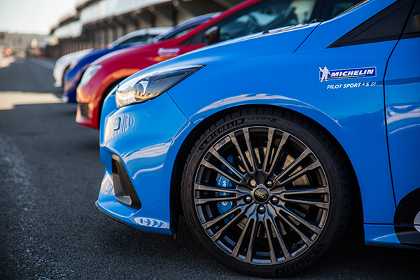 Lanzamiento-Michelin-Pilot-Sport-4-S-Alta-Gama