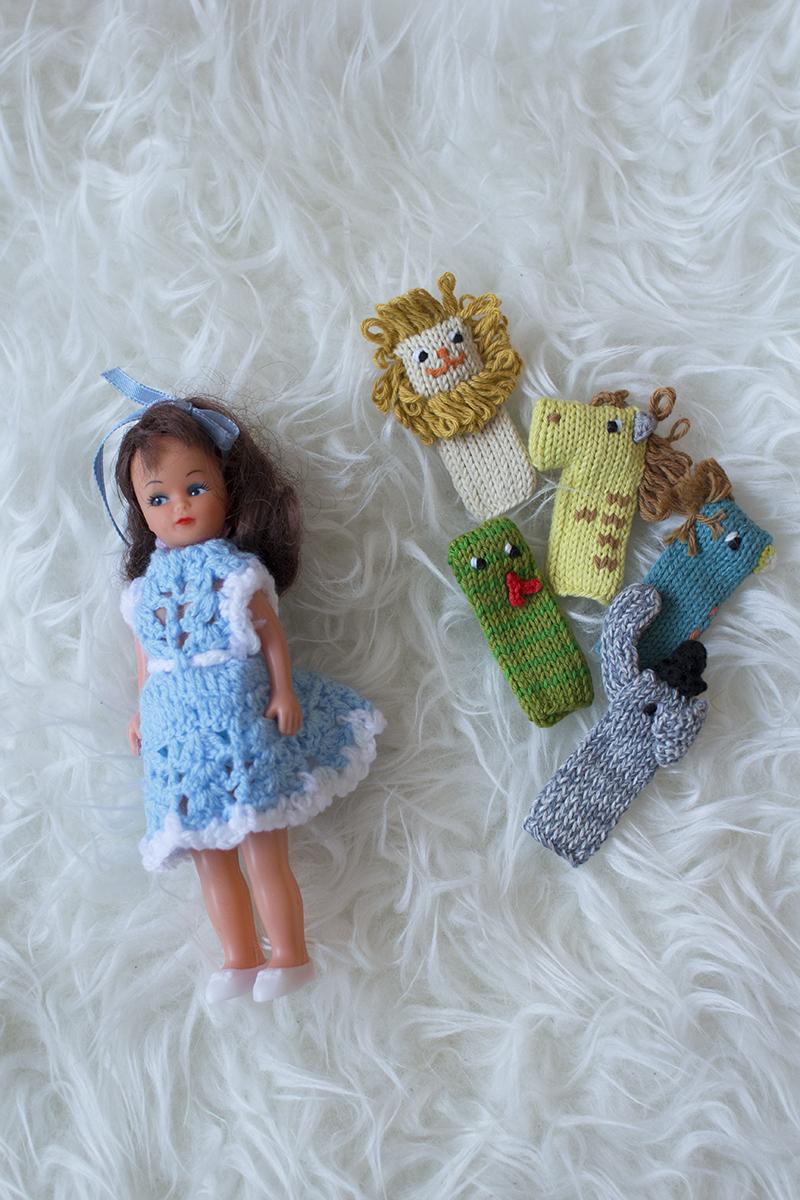 Vintage dolls & finger puppets