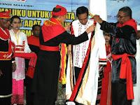 Sempat Dihina Netizen, Ini Fakta Baju yang Dikenakan Presiden Jokowi, Ternyata ...